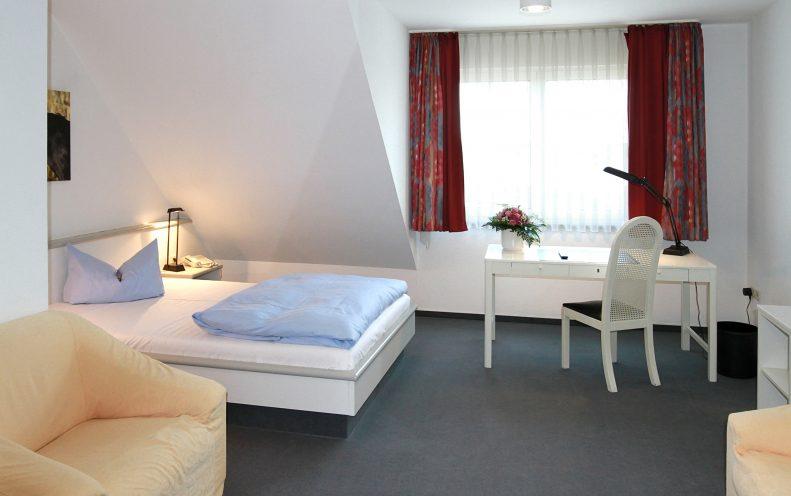 Entspannen Sie sich - in hellen, exklusiv und modern eingerichteten Zimmern.